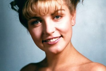 Sheryl Lee as Laura Palmer in 'Twin Peaks' | ABC