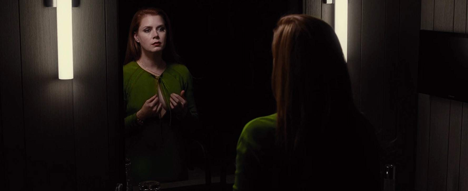 Amy Adams American Hustle Nude the double life | nocturnal animals (2016) | bright wall