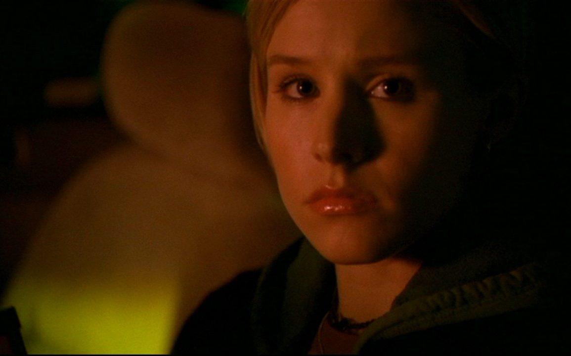 Kristen Bell as Veronica Mars | Warner Bros.