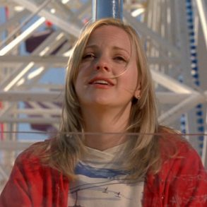 Anna Faris in Smiley Face